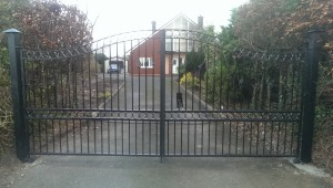 iron driveway gates, wrought iron entrance gates, wrought iron gates cork, steel gates cork,
