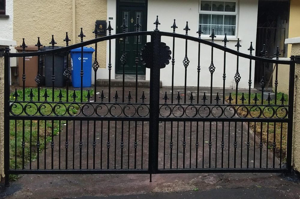 Wrought iron entrance gates, wrought iron driveway gates, gates Cork Ireland