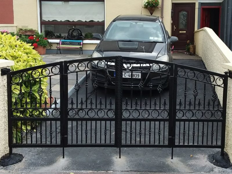 folding wrought iron gates, folding entrance gates, folding steel entrance gates, folding gates Cork Ireland