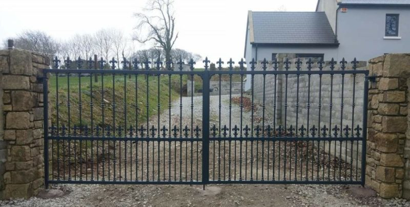 wrought iron entrance gates, wrought iron driveway gates, entrance gates, driveway gates,