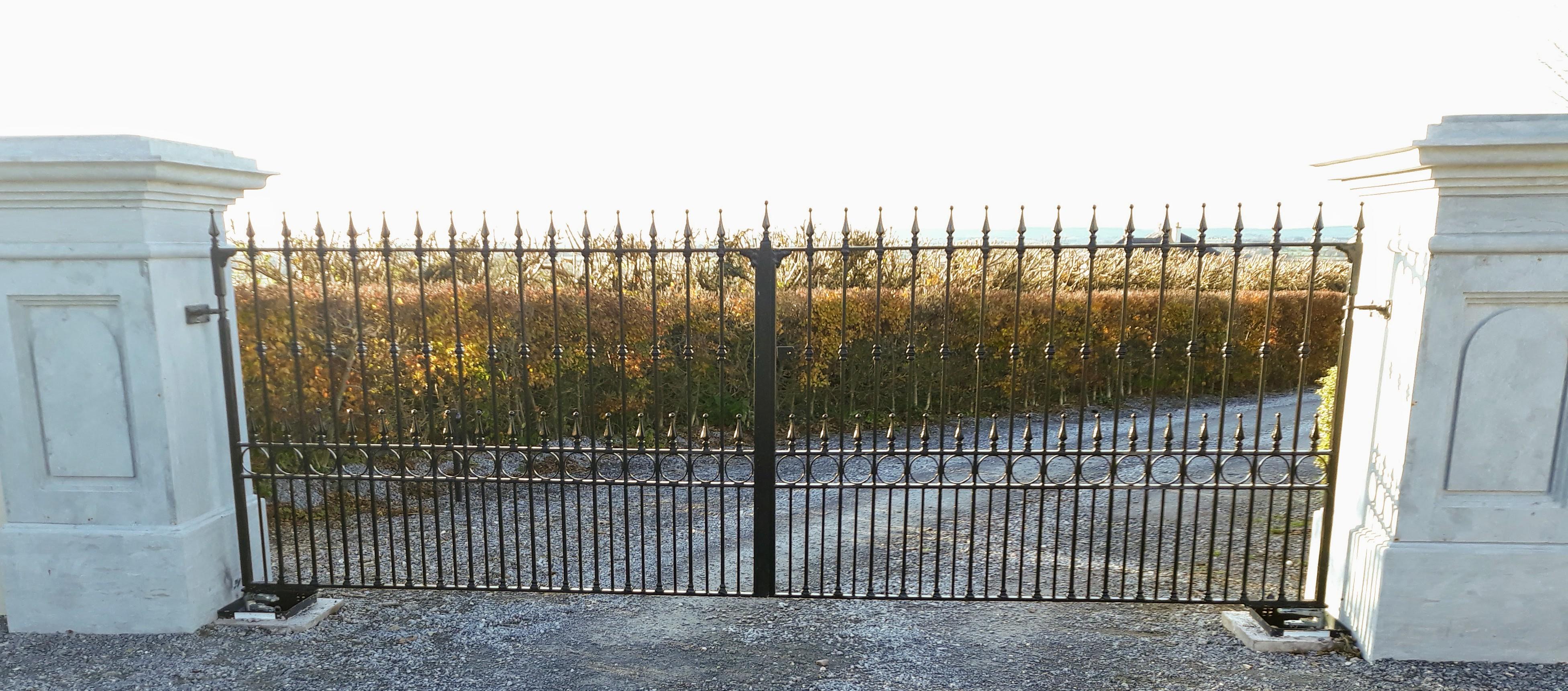 automated entrance gates, wrought iron entrance gates, automated wrought iron entrance gates, entrance gates