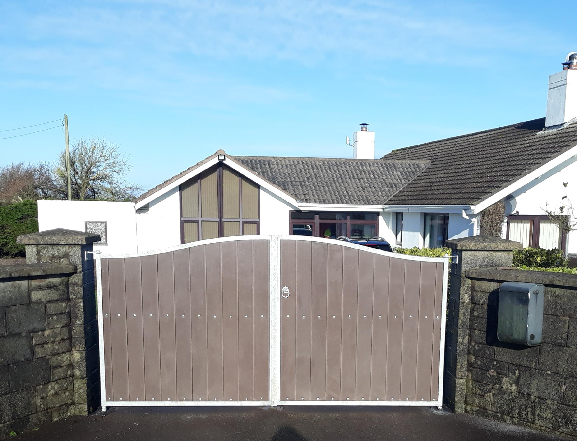 composite board gates, composite board entrance gates, pvc gates, pvc entrance gates, pvc board gates, pvc board entrance gates, maintenance free gates,